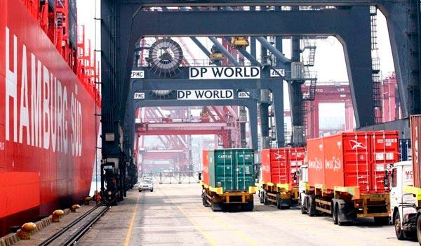 DP World acusa ligeramente la crisis en sus puertos, pero sigue su ruta de crecimiento.