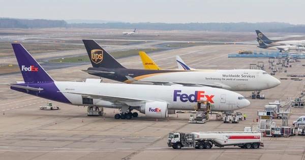 Los integradores, únicas compañías que mantuvieron su volumen de tráfico en marzo en Barajas.