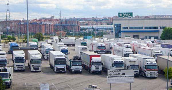 Aparcamiento-camiones-Int