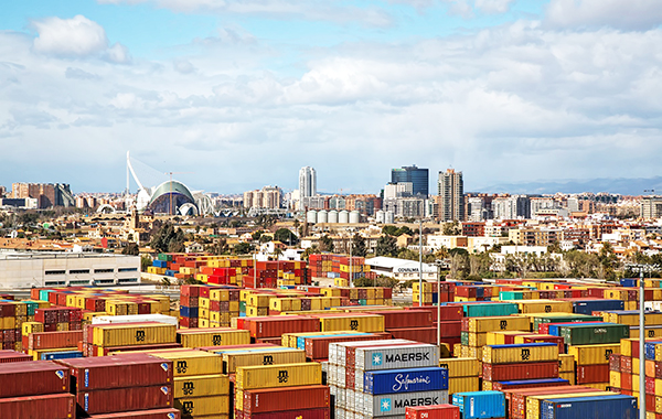 El puerto de Valencia redefinirá su estrategia con horizonte 2030.
