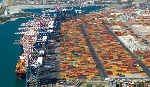 El movimiento de contenedores han dado algunas alegrías a los puertos italianos.