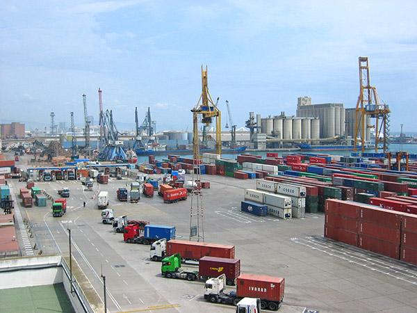 El volumen de mercancías transportadas en España cae un 40 por ciento por efecto de la pandemia.