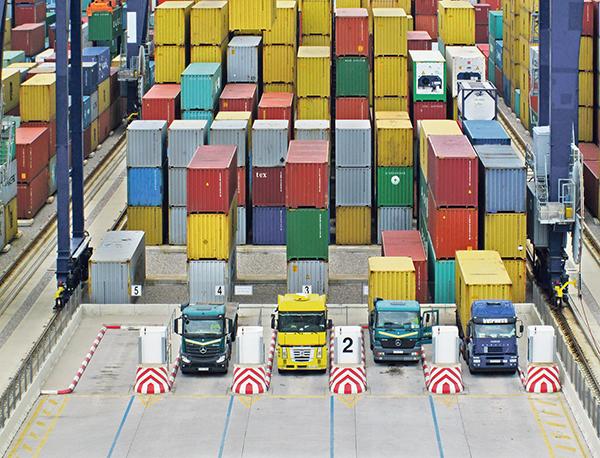 La automatización de las terminales, un paso hacia el smart port.