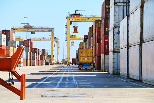 PIPE quiere que la Administración mejore el entorno competitivo de los puertos españoles con nuevas medidas de abaratamiento.