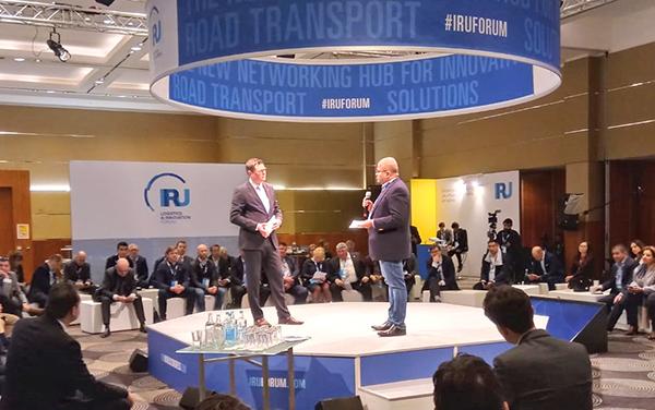 Un momento de las ponencias del IRU Logistics and Innovation Forum