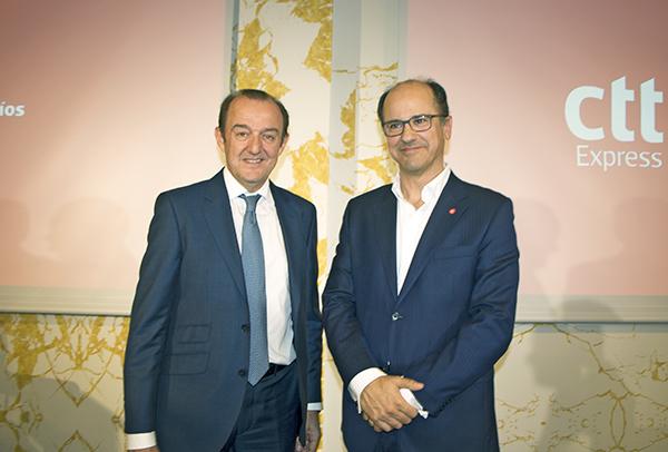 Manuel Molins, director general de CTT Express, y Joao Bento, consejero delegado de CTT, durante la presentación en Madrid de la nueva CTT Express, antigua Tourline Express.