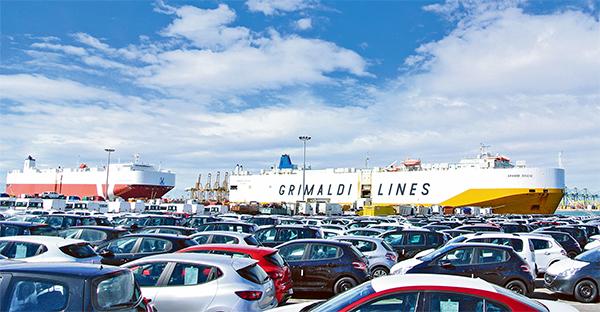 El flujo ferroviario mensual en la terminal de Grimaldi fue de sólo 2.156 unidades en marzo, un 60 por ciento menos que en febrero.