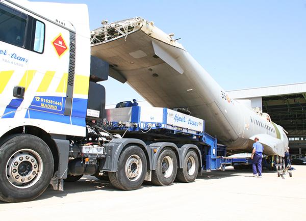 Hipertrans, compañía especializada en transporte especial, diversificará su actividad hacia los servicios de almacenaje y valor añadido en maquinaria de grandes dimensiones.