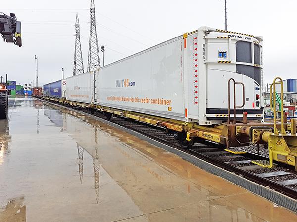 Imagen de la nueva conexión refrigerada que opera Transfesa Logistics entre España y Reino Unido.