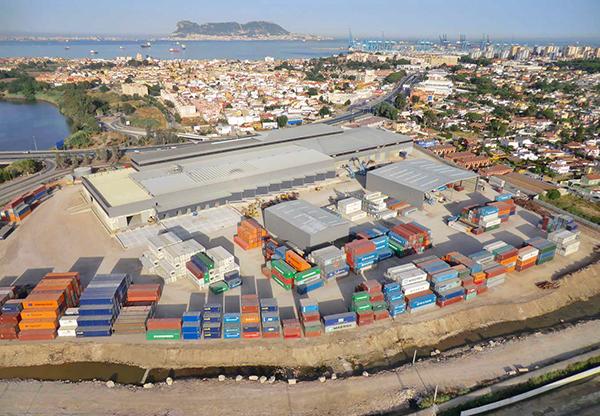 Plataforma multimodal de Grupo Alonso junto al puerto de Bahía de Algeciras.