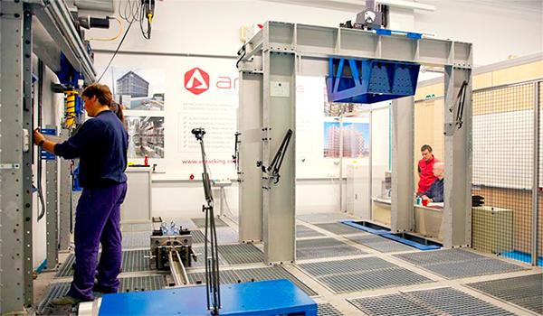 Banco de ensayos AR Lab para soluciones de almacenaje puesto en marcha por AR Racking y Mondragon Unibertsitatea.