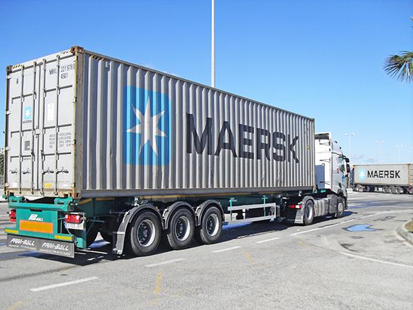Operativa terrestre de Maersk Line en el puerto de Bahía de Algeciras.