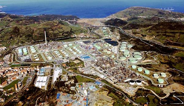 Repsol consolida su apuesta por el puerto de Bilbao