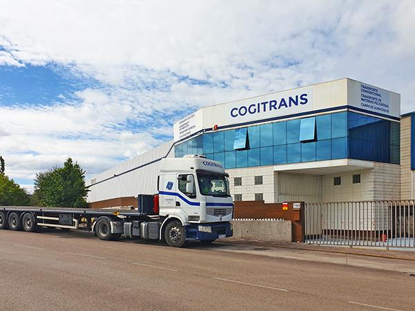 Las nuevas oficinas de Cogitrans Plataforma Logística en el polígono Puente Seco de Gijón.