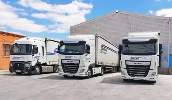 La compañía riojana opera con una flota de 36 vehículos.